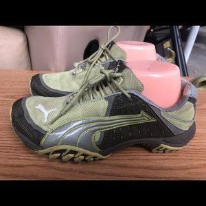 Puma Cell Women's Gray/Olive Sneaking Size 8